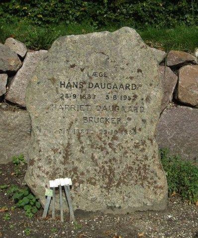 Gravsten Daugaard